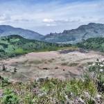 bukit pangonan dieng via @TripPiyambakan